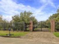8310 Brae Acres Rd, Houston, TX