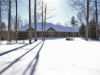 Secluded Bungalow on 2.59 Acres Backing Onto Pristine Conservation