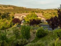 SECLUDED SOUTHERN CALIFORNIA ESTATE (Minutes to WINE COUNTRY, perfect for VACATION home or HORSE property)