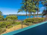 Beachcomber Waterfront - Reef Road
