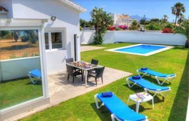3 Bedroom Villa In Estepona, Spain (ref. 41583396)