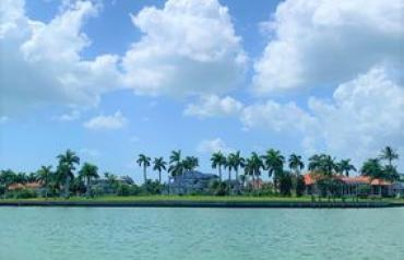 Home For Sale By Owner In Marco Island, Fl (ref. bey1570096)