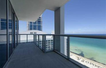 Beautiful apartment in floor alto- Miami Beach