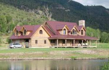 Scenic Geothermal Hot Springs Property, Log Home, Stunning Views
