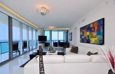One of the most spectacular oceanfront skyhome in Sunny Isles Beach, Florida