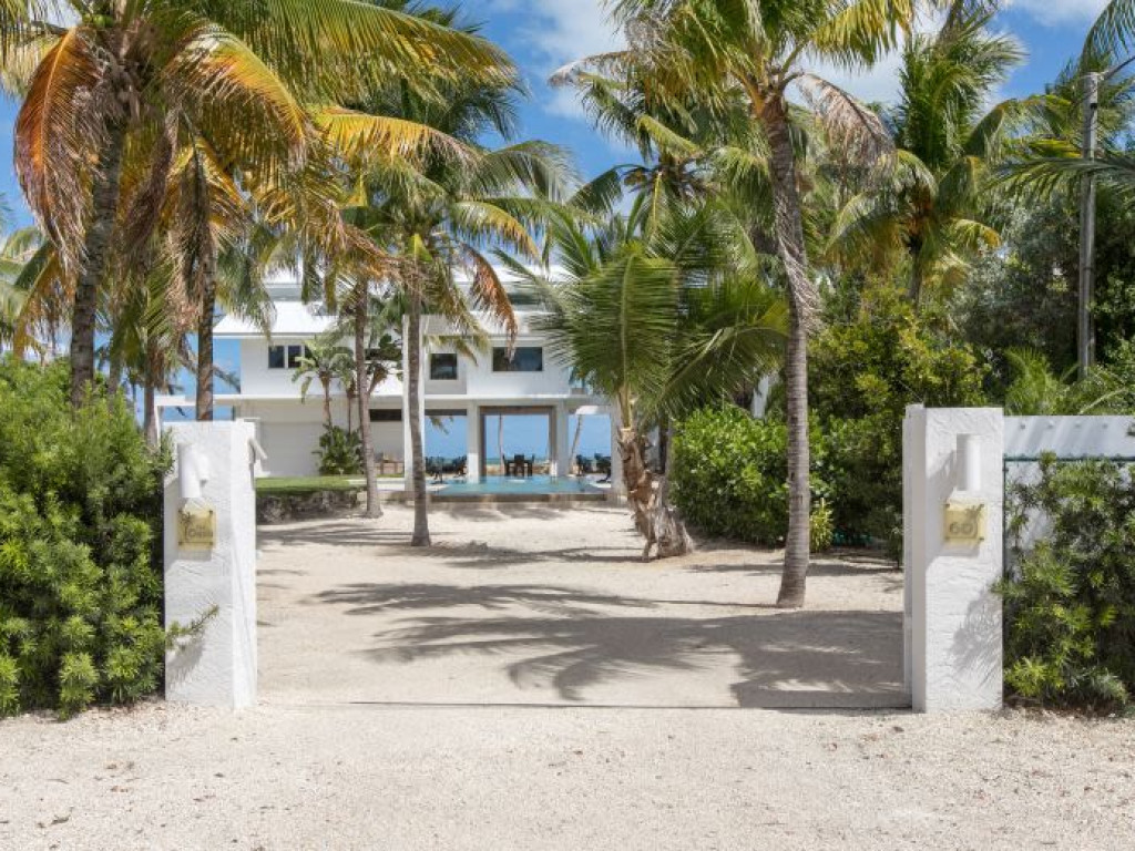 Miraculous Home For Sale By Owner In Key Largo Fl Ref Bey1285694 Interior Design Ideas Gentotryabchikinfo