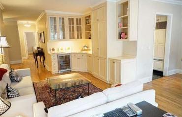 2 Bedroom Condo In New York, Usa (ref. 27320246)
