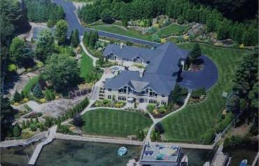 8 Bedroom Residential In Bolton, Usa (ref. 26423303)
