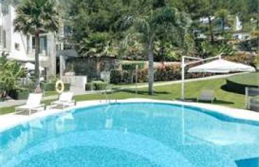 3 Bedroom Town House In Marbella, Spain (ref. 33915477)